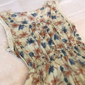 Blu Pepper size L women's floral dress